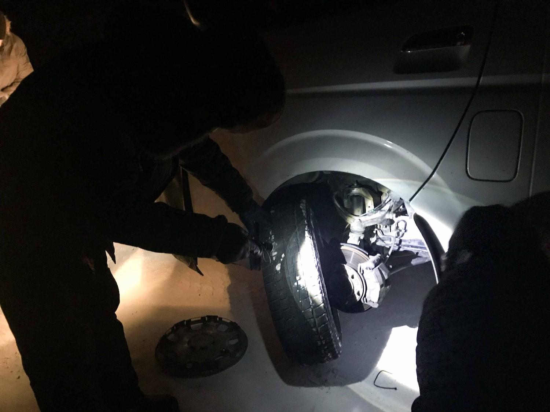 pierde grăsimea de pneu de rezervă)